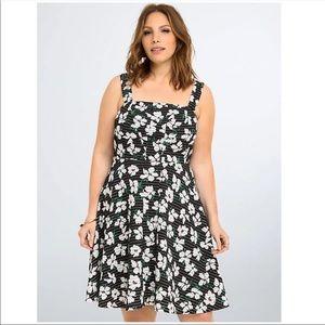 New Torrid Floral Print Skater Dress (Plus Size)